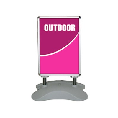 Exhibits Portables  Outdoor Banners